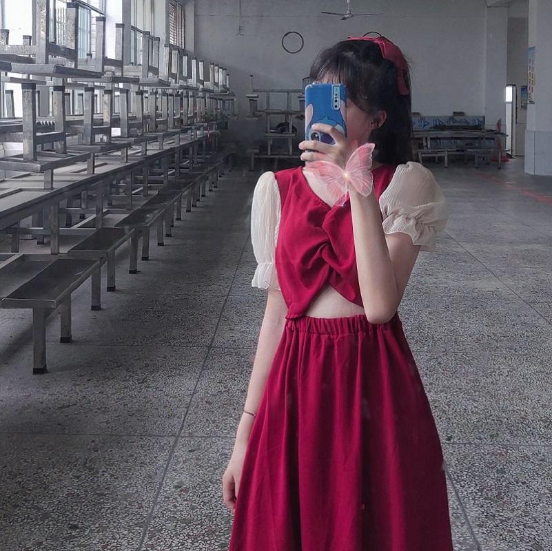 Runaway princess skirt V-neck waist covered with meat thin bubble sleeve sweet dress womens summer date smart skirt