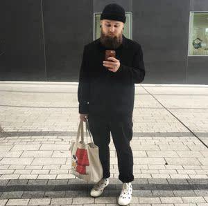 优家 X KAWS PEANUTS UNIQLO TOTE BAG 联名史努比手拎托特包