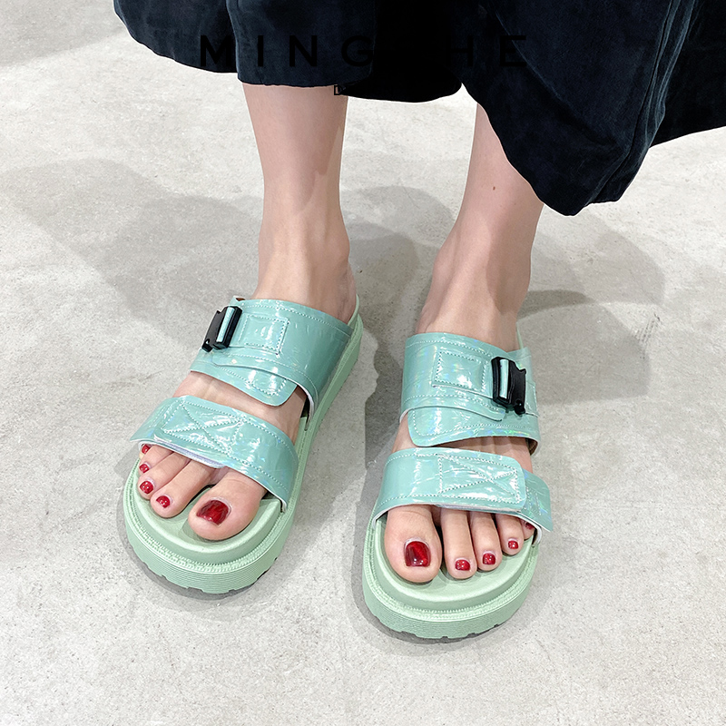 凉拖鞋女外穿2020新款夏季网红运动风厚底ins潮学生百搭沙滩拖鞋
