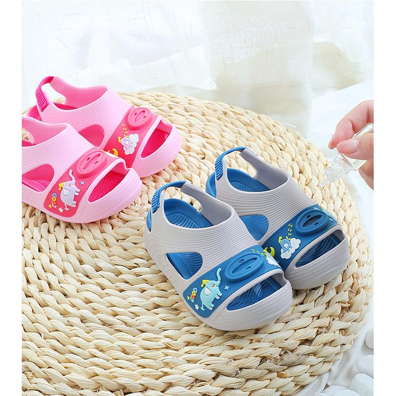 儿童凉拖鞋夏男童女童宝宝室内机能家用防滑软底防蚊可爱幼儿小孩