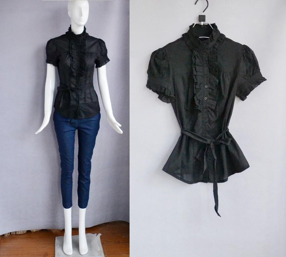 bebe黑色棉质高领胸前木耳边装饰短袖修身系带衬衫 百搭显瘦
