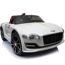 Children's Electric Vehicle Four-wheel Swing Four-wheel Remote Control 1-5-year-old baby toy car can ride in Bentley