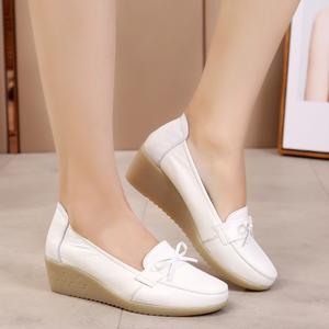2019新款女鞋子白色坡跟护士鞋软底防滑春夏百搭真皮中跟浅口单鞋