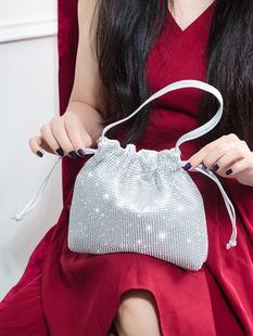 日韩流行水钻手提包镶钻晚宴手包宴会包女手拿包手袋包零钱化妆包品牌