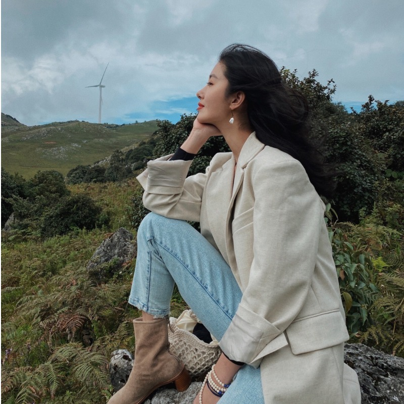 杨采钰同款西装外套女韩版宽松英伦风高级范设计感复古休闲西服潮图片