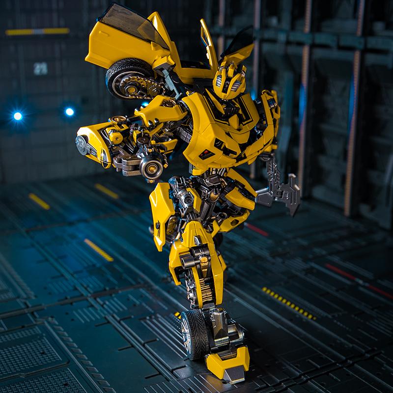变形玩具战刃轫大黄蜂汽车机器人mpp10合金版模型M03威将金刚手办
