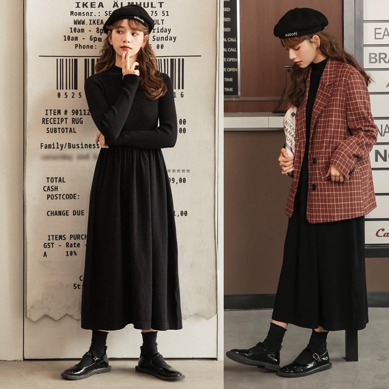 黑色针织长袖连衣裙女2020年秋冬新款韩版修身中长款毛衣打底裙