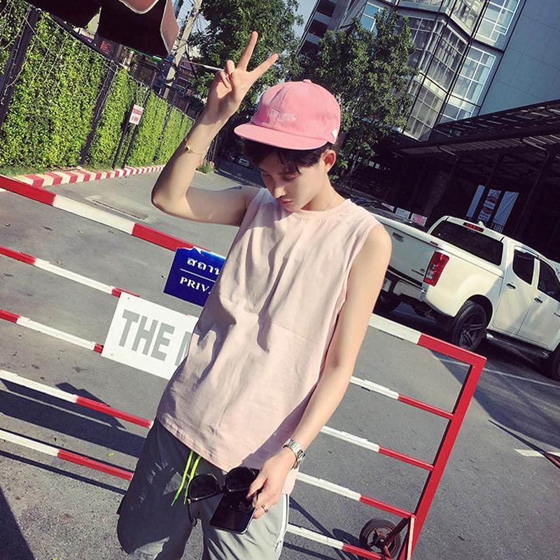 Trendy mens round neck sleeveless T-shirt 2021 summer new mens wear pure cotton refreshing mens vest waistcoat
