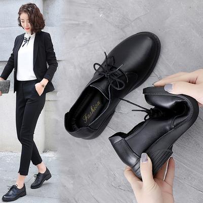 妈妈鞋工作鞋2020春季新款黑色皮鞋