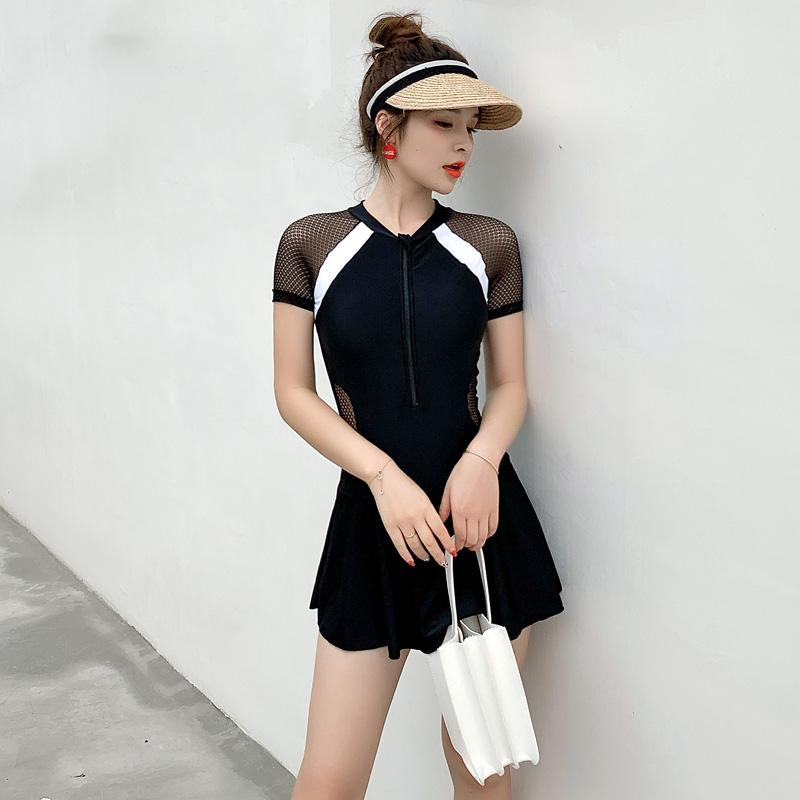 泳衣女2019新款连体裙式遮肚显瘦韩国ins风黑色温泉泳装大码保守