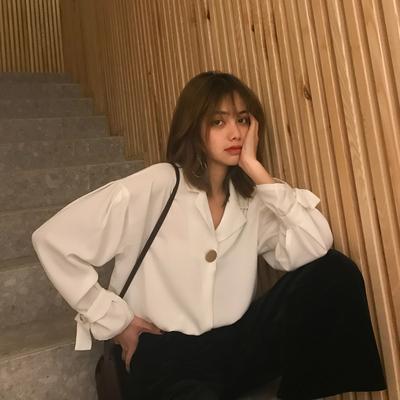 2019夏季v领雪纺气质上衣白衬衫女设计感小众衬衣宽松韩版仙女范
