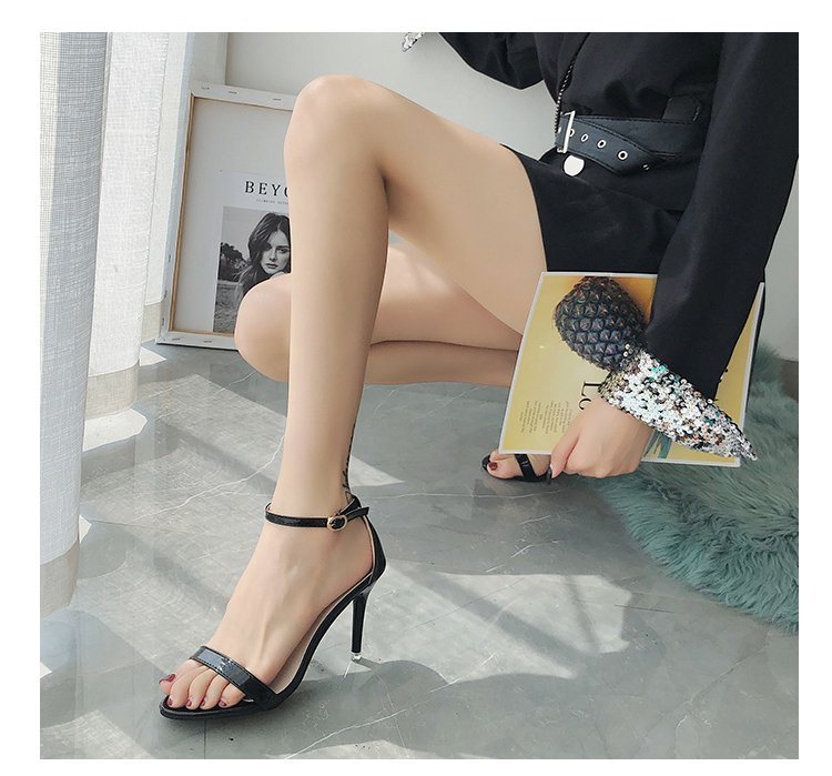 2021夏季高跟鞋细跟凉鞋性感黑色细带露趾简约女鞋金色一字扣带扣