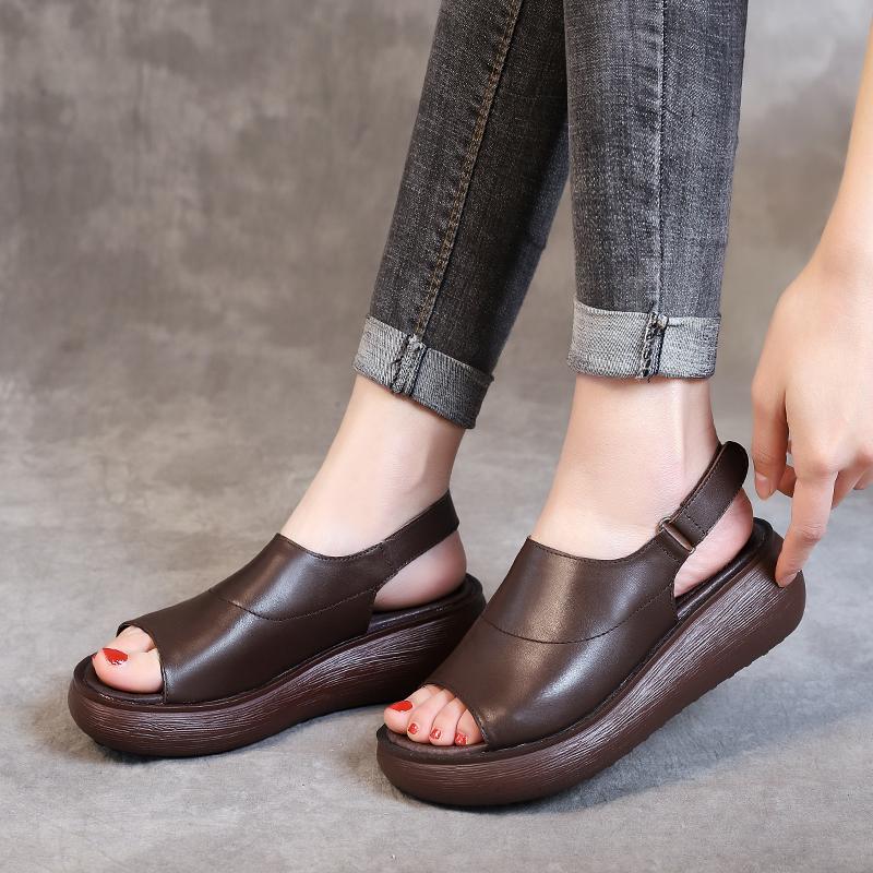 2020夏新款复古牛皮松糕底女鞋平底厚底百搭鱼嘴拖鞋坡跟时尚凉鞋