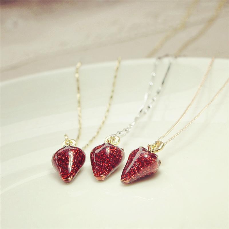 925純銀可愛草莓鎖骨項鏈