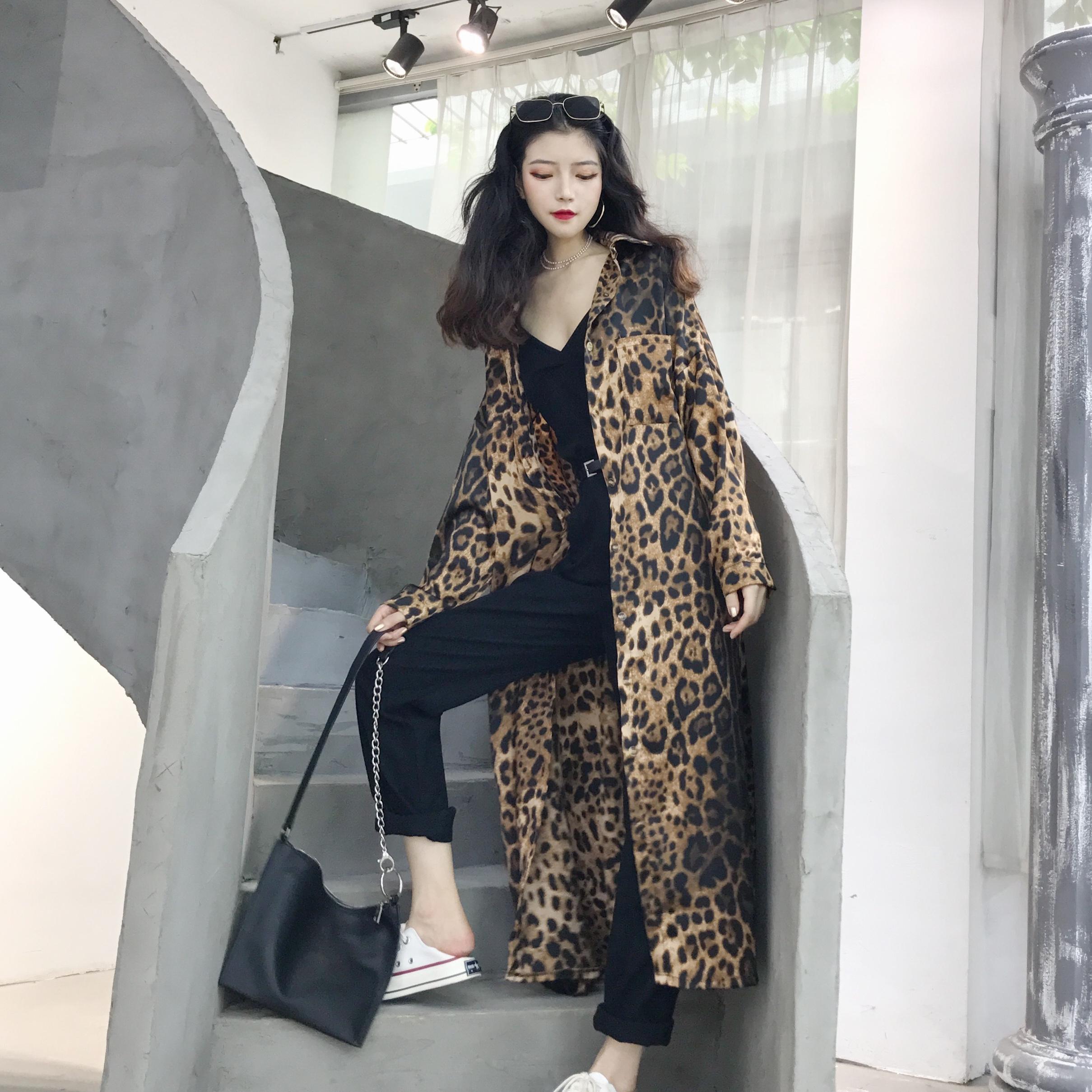 衬衫女长袖2018春装新款韩版豹纹上衣复古宽松显瘦长款衬衫外套潮