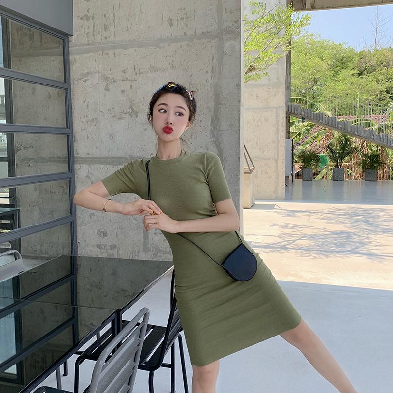29.80元包邮春装2019款女夏温柔气质复古性感紧身包臀裙很仙的法国小众连衣裙