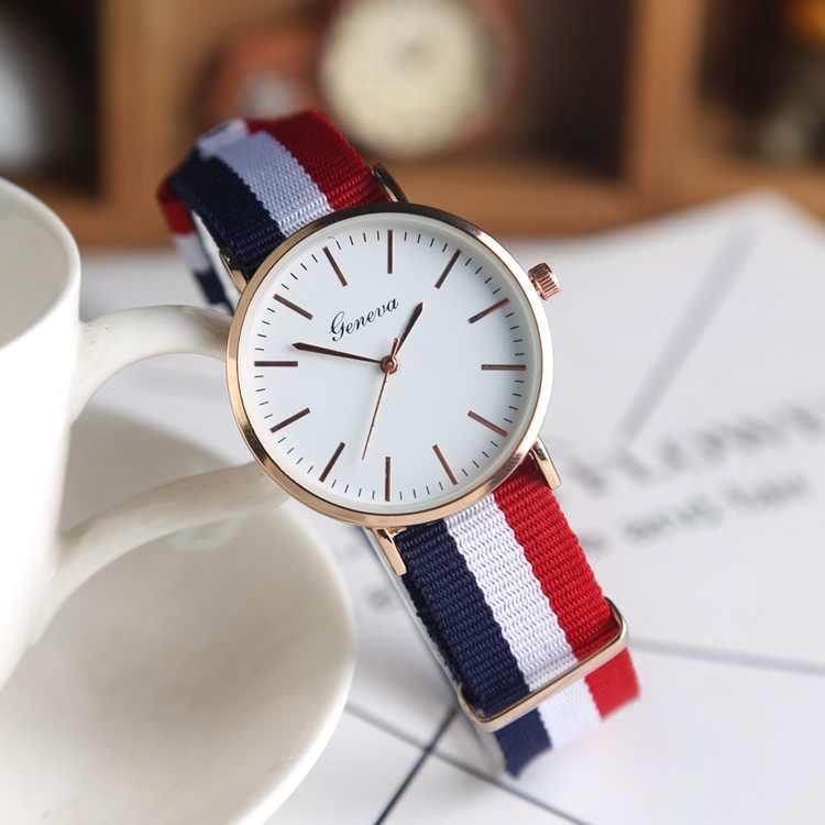 韩版情侣手表简约女学生手表防水帆布带潮流男女士石英腕表小表盘