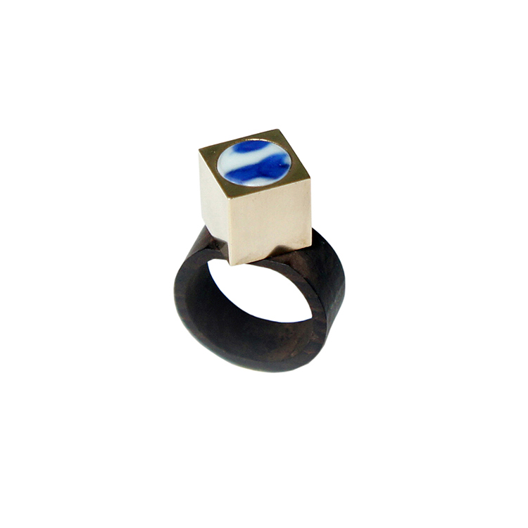 Yichuan jewelry [he] independent designer original limited edition creative fashion square sandalwood blue and white porcelain ring