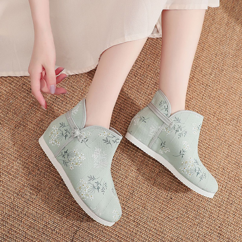 Ethnic style single boot printed low top buckle womens boots autumn old Beijing cloth shoes broken flowers inside increased Chinese style womens shoes
