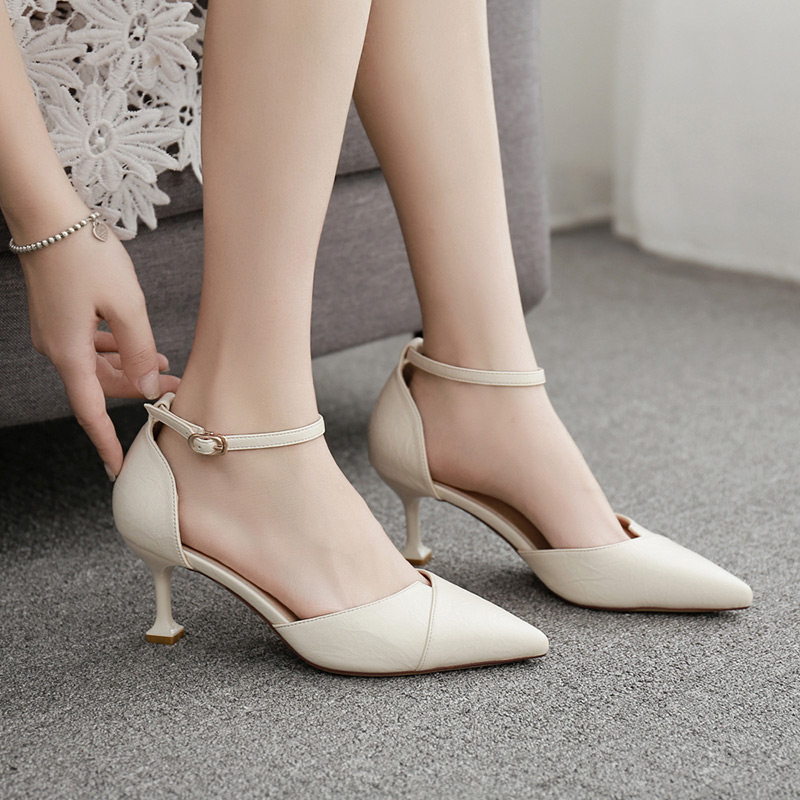 Baotou single shoes, womens one line buckle, thin heel, high heel, black autumn new style, work, pointed head, middle heel, cat heel