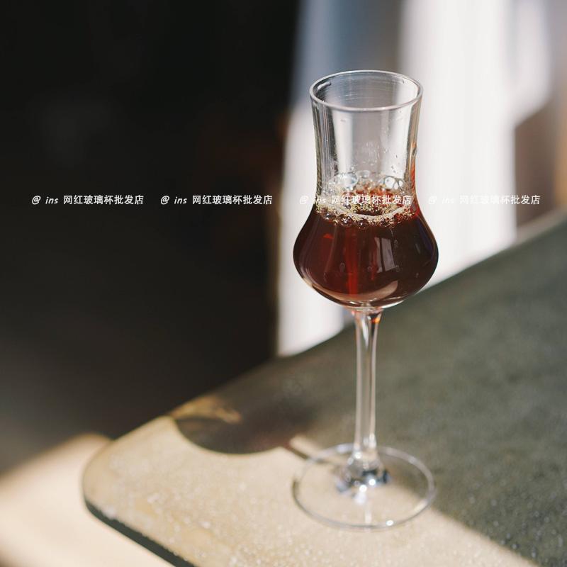 郁金香甜酒杯无铅玻璃试酒杯威士忌闻香杯冰酒杯高脚洋酒杯烈酒杯淘宝优惠券