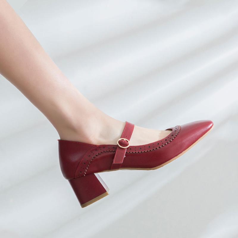 高跟单鞋女2019新款春夏粗跟真皮布洛克浅口方头中跟复古玛丽珍鞋