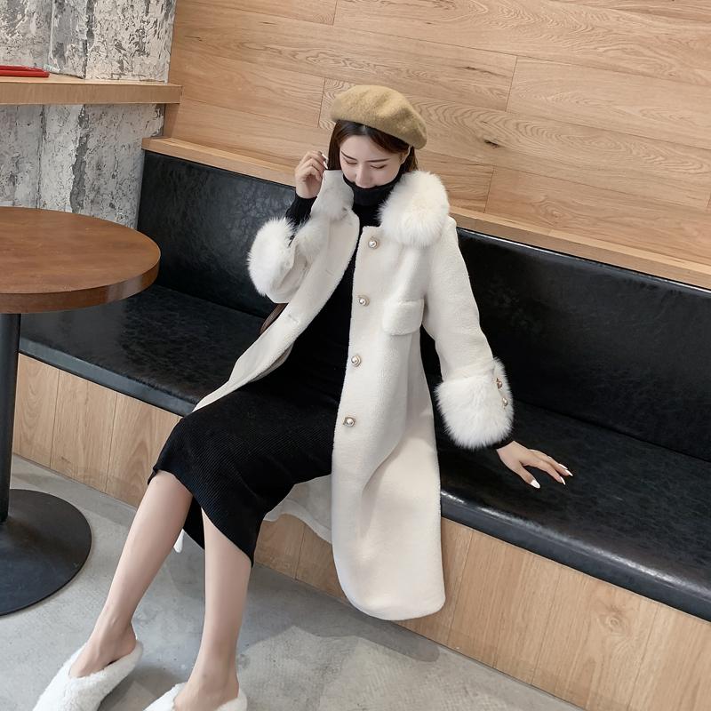 2021 winter new sheep shearing coat womens medium and long fox hair collar grain wool fur integrated fur coat