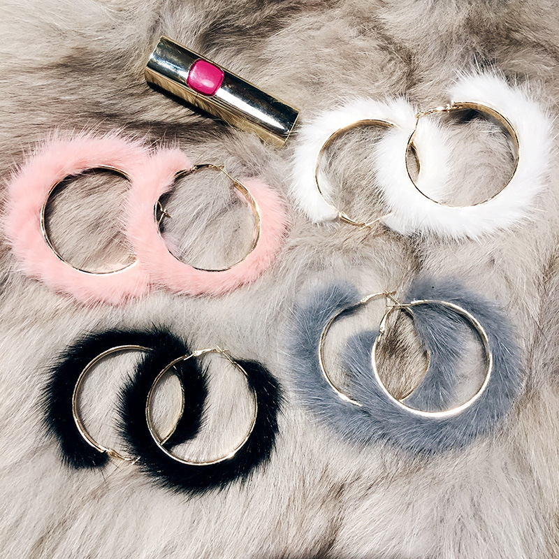 Korean version autumn and winter mink hair Earrings European and American fashion exaggeration personality fur circle big circle net red plush Earrings female