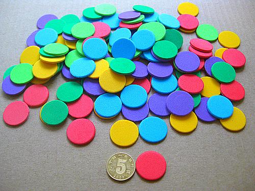 带背胶圆点不干胶圆片贴纸 全红色和彩色混装100片 海绵2CM直径