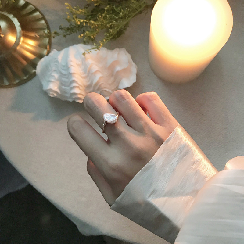 French style simple wind pearl winding ring pair of entangled Baroque freshwater pearl abnormal natural personality minority women