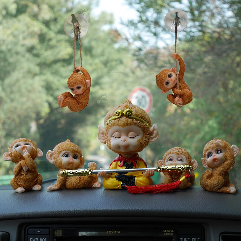 齐天大圣车载摇头公仔可爱猴子汽车摆件孙悟空车内网红创意装饰品图片