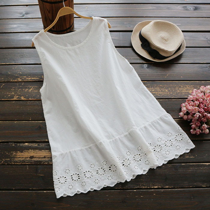 Summer solid color cotton stitching embroidery hollow bottom vest round neck yuan sleeve loose top 839