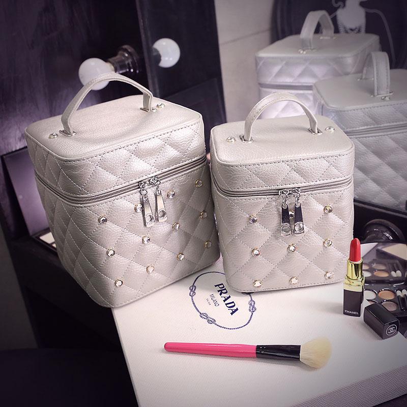 化妆包女大容量韩国简约小号便携化妆盒化妆箱手提化妆品收纳包淘宝优惠券