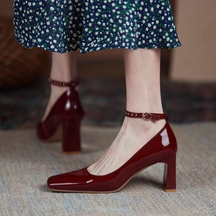 Spring 2021 new womens high heels solid square head thick heel patent leather wine red ankle strap womens single shoes