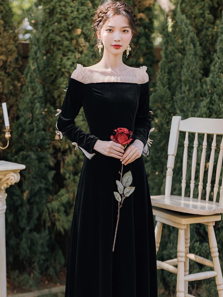 现货复古性感一字肩小飞袖丝绒黑色连衣裙女春秋礼服裙子平时可穿