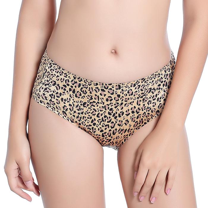 2018新款一片式无痕性感豹纹女士内裤中腰舒适提臀女款弹力三角裤