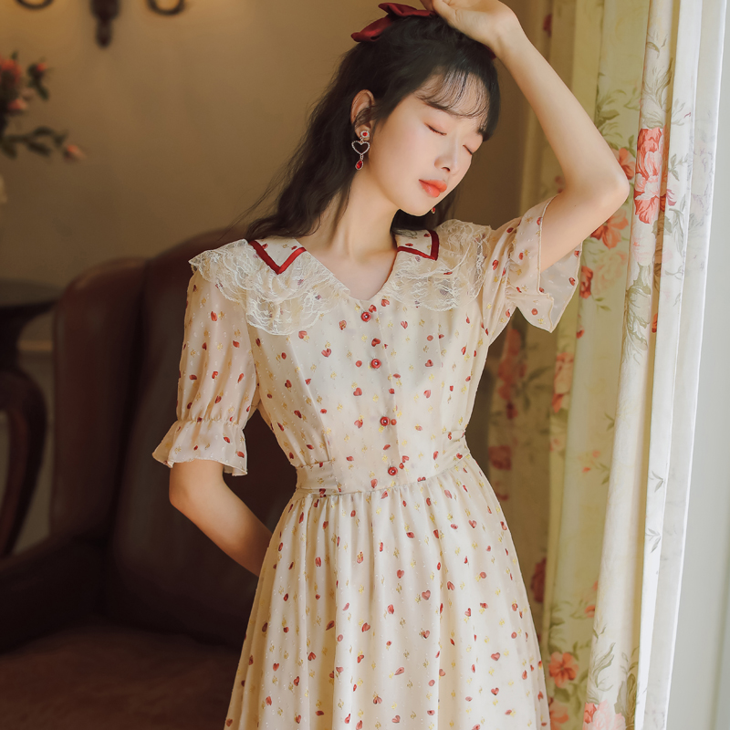2020 summer new sweetness reducing age baby collar fairy girls dress with waist closed and thin lace lace lace Chiffon Dress bandage