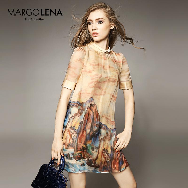2019夏の女性は欧米の新型気質が流行しています。高級シフォンプリントの半袖がスカートを大きく広げています。
