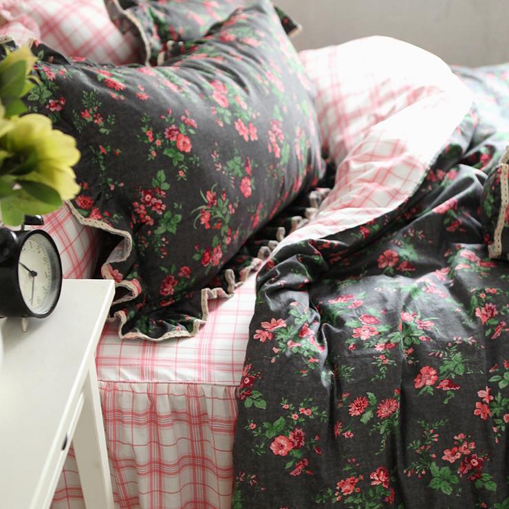 Export American retro Plaid Korean cotton bedding bed skirt 3 / 4 Piece Bedding Set
