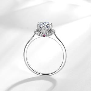 仿真钻石珠宝皇冠戒指女为爱加皇冠求婚结婚女戒钻戒一克拉1.00ct