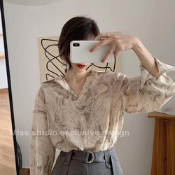 2020秋新款韩版印花雪纺衫复古港味设计感小众长袖百搭外穿衬衫女