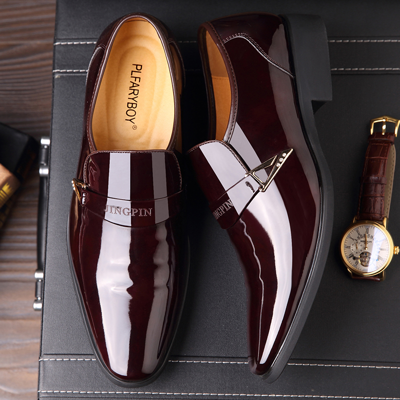 Mens patent leather shoes overshoot single shoes business dress shoes mens bright face pointed leather shoes mens Korean version marriage