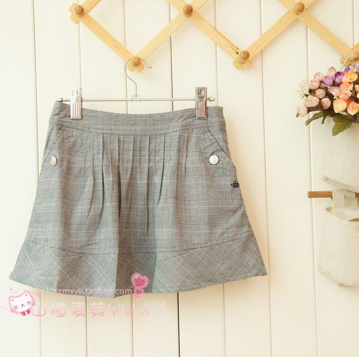 Short skirt female 2021 new fashion British college style sweet pleated small Plaid AA shaped medium waist short skirt