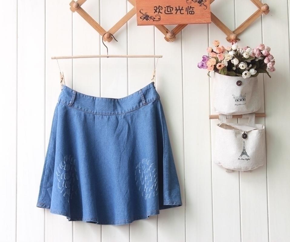 Japanese Taobao womens summer denim fabric A-type large swing versatile cat scratch buckle zipper casual skirt