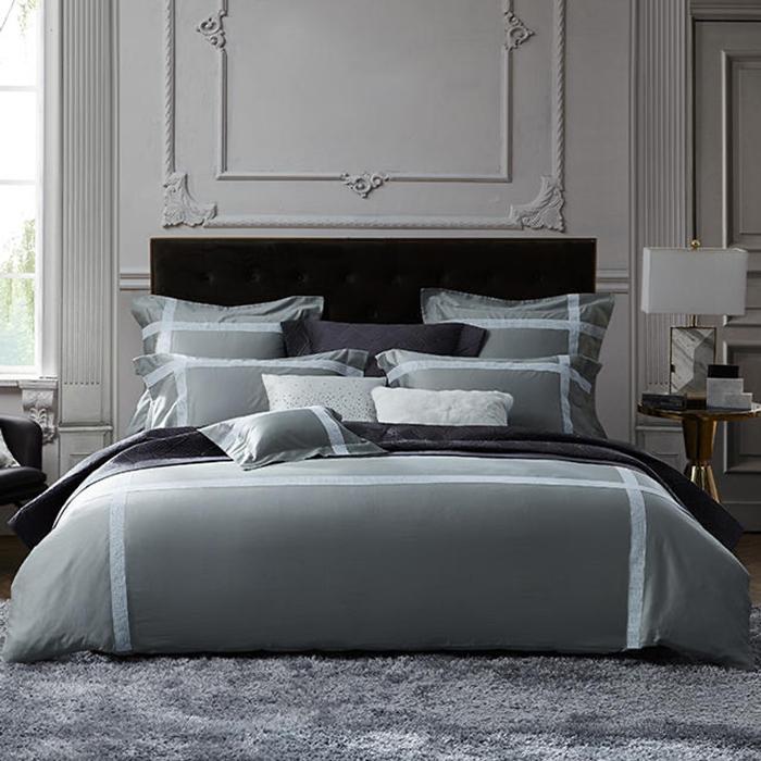 広い庭の寝具イタリアから輸入したエジプトの超長細い綿の寝具4点セットのレースセットの錫灰