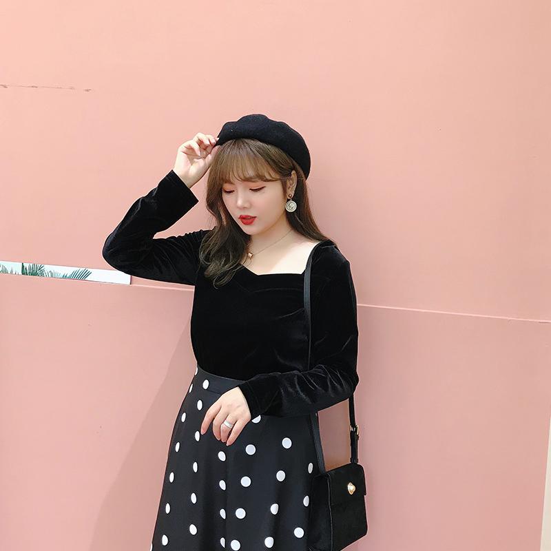 摩妮卡胖mm秋冬新品大码女装复古气质显瘦优雅法式丝绒方领上衣