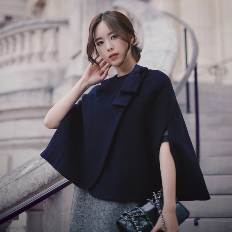Fall / winter 2020 new celebrity temperament small fragrance style thickened Cashmere Shawl short woolen Cape style coat woman