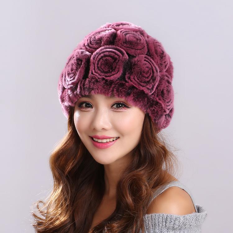 カワウソの毛皮の帽子女史冬のバラの中年の母の帽子は厚くて保温して寒さを防ぎます。