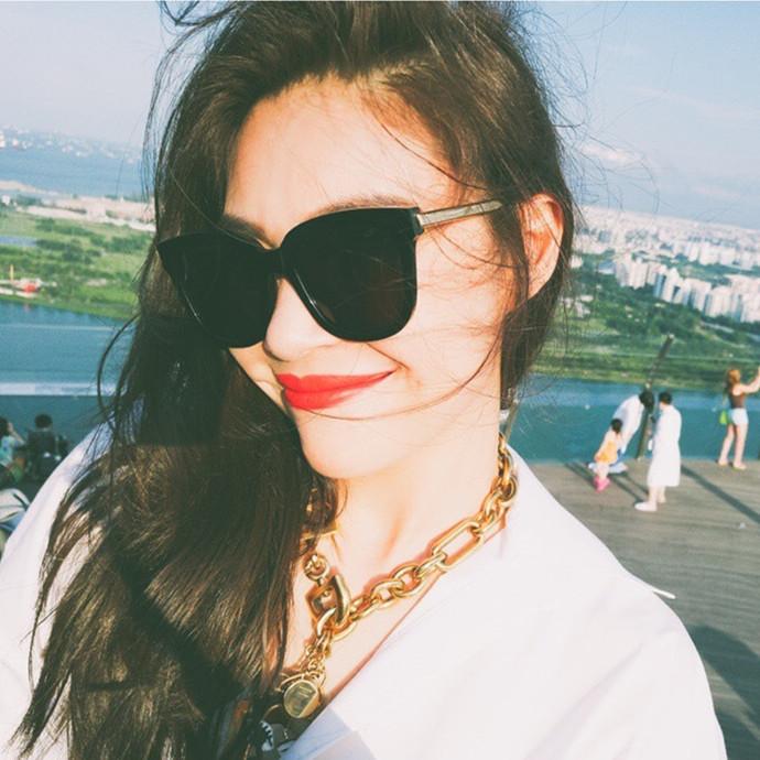 新款2019眼镜女韩版潮复古大脸太阳镜网红款眼睛圆脸近视墨镜黑色10月15日最新优惠