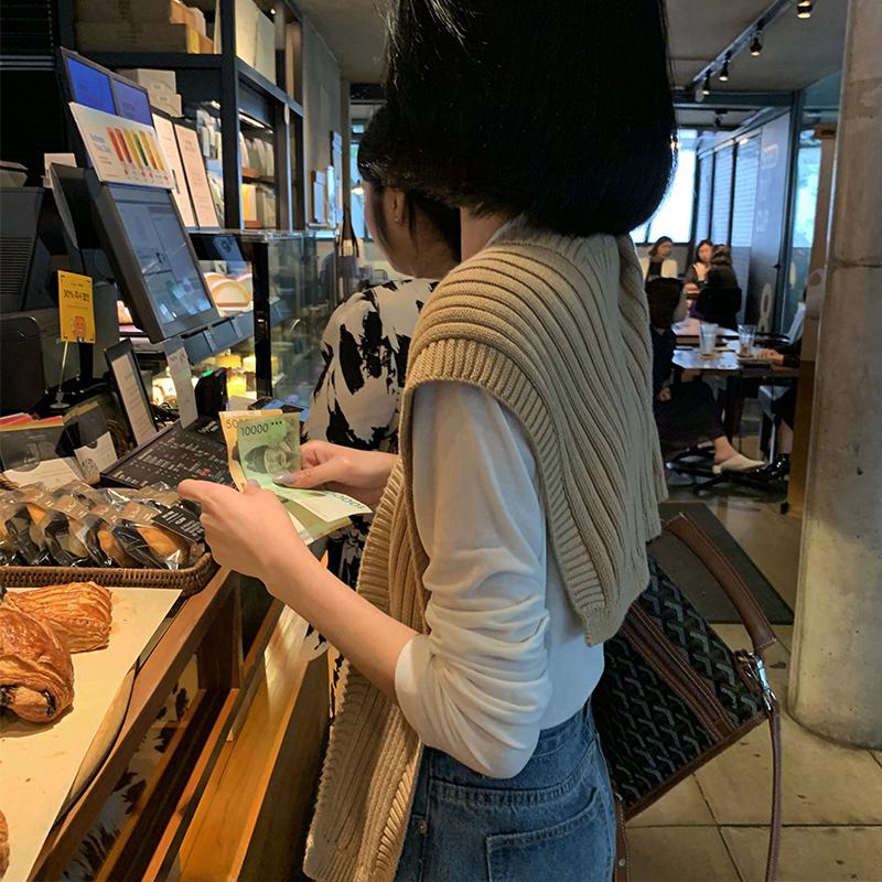 A7seven针织小披肩女外搭秋季无袖韩版宽松黑色上衣学生休闲外套图片